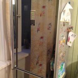 Преимущества и недостатки зеркального холодильника